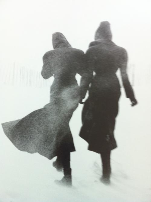 2 girls walking