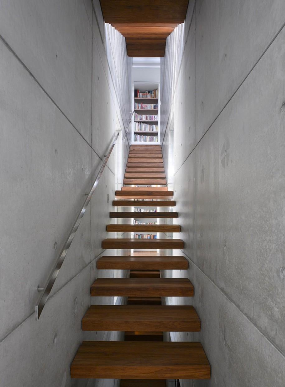 Трехэтажный STV House в Тель-Авиве, Израиль