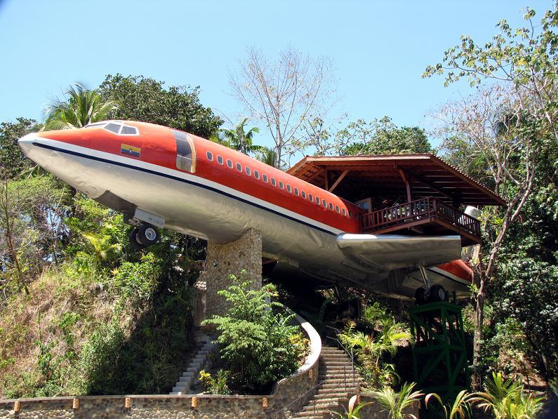 Отель в Боинге 727