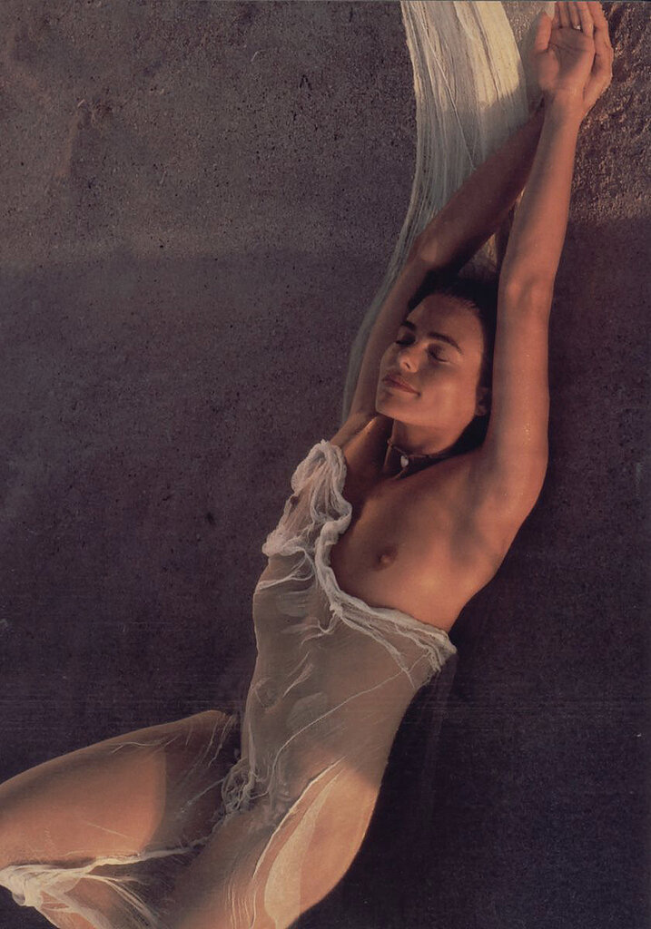 Margaux hemingway nude butt — photo 14