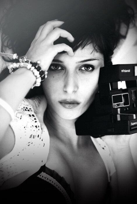 Polaroid Love by svghnsydn