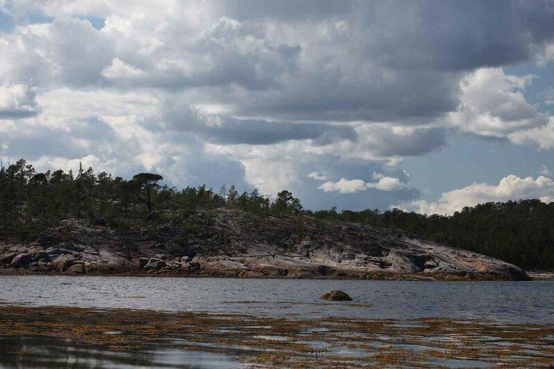остров Сидоров, море и скалы