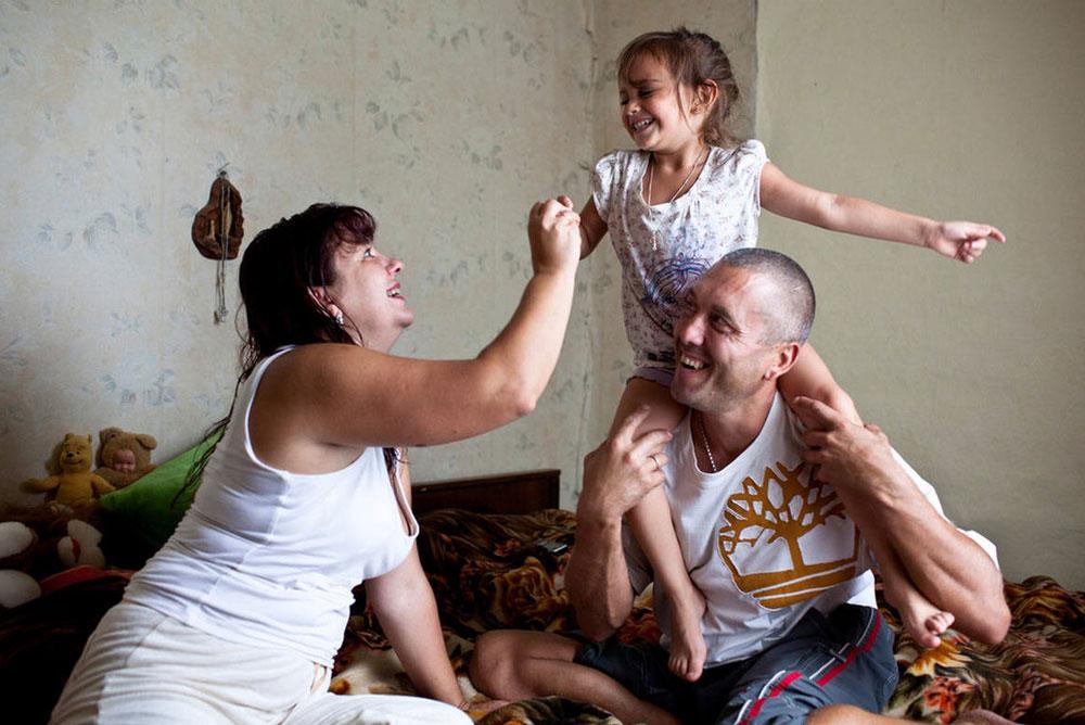 Знакомства вич положительных в москве