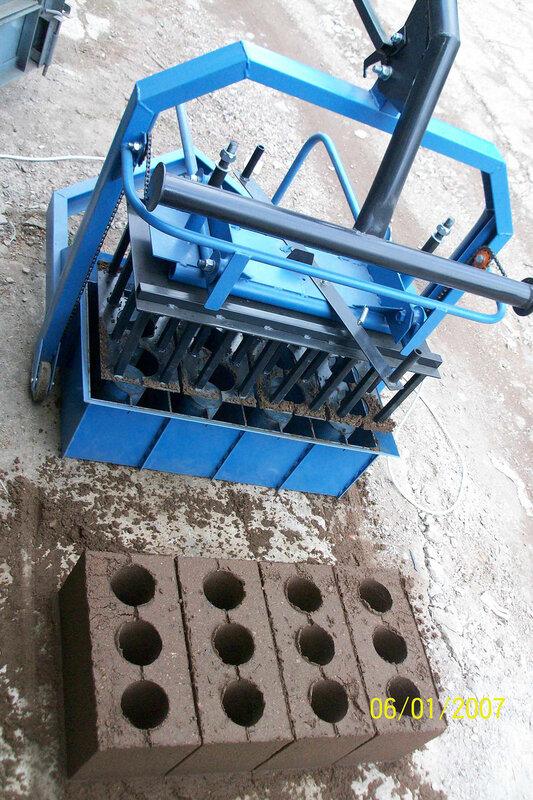 Продаются вибростанки шлакоблочные, передвижные с механическим и ручным подъемом на 1, 2 и 4 блока для изготовления...