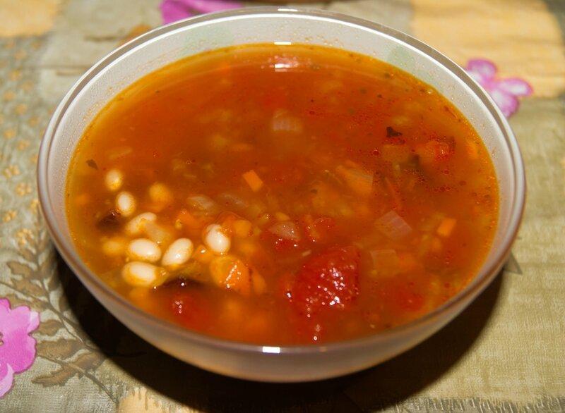 Средиземноморский суп из фасоли