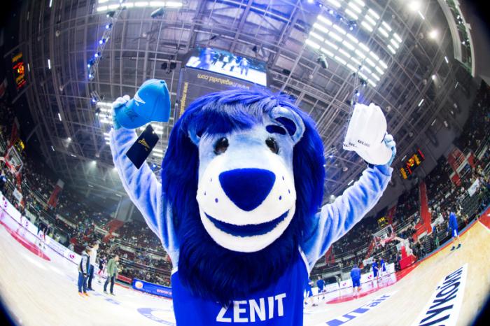 Зенит, Sports.ru