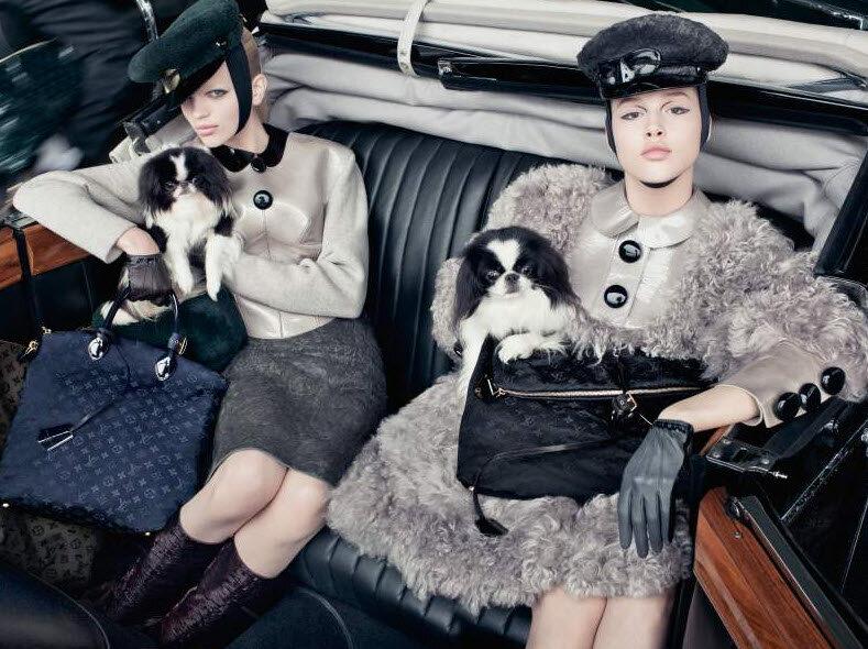 Реклама коллекции сумок 2012 Louis Vuitton