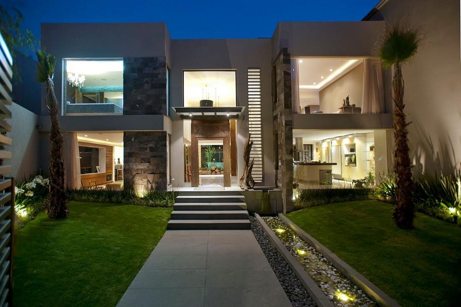 Современная резиденция в дорогом районе Мехико