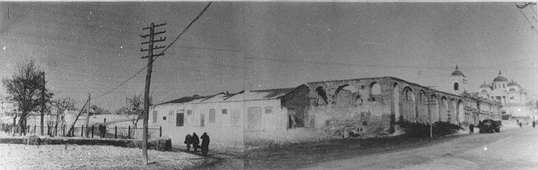 Вид на площадь после войны, бывший Гостиный двор
