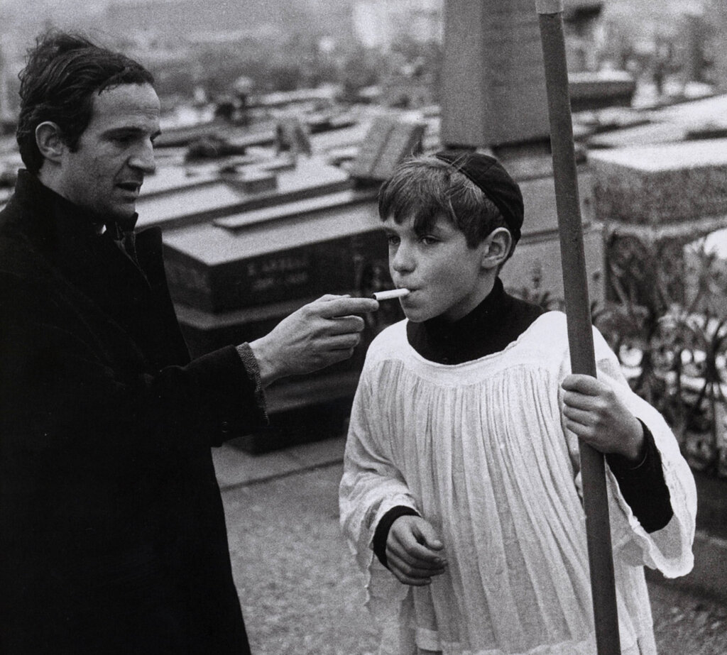 Raymond Cauchetier shoots François Truffaut on the set of Jules and Jim, 1962