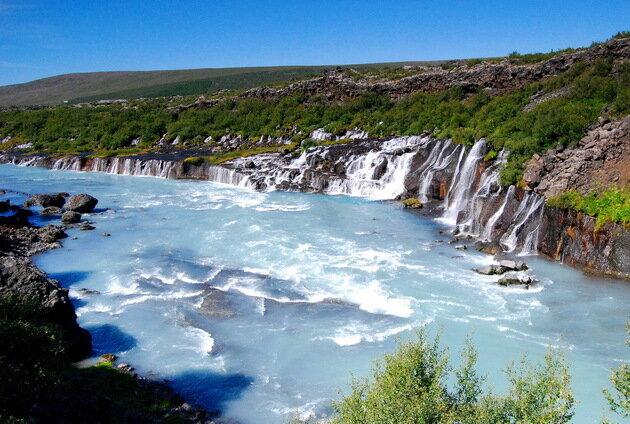 Водопад Храунфоссар. Исландия