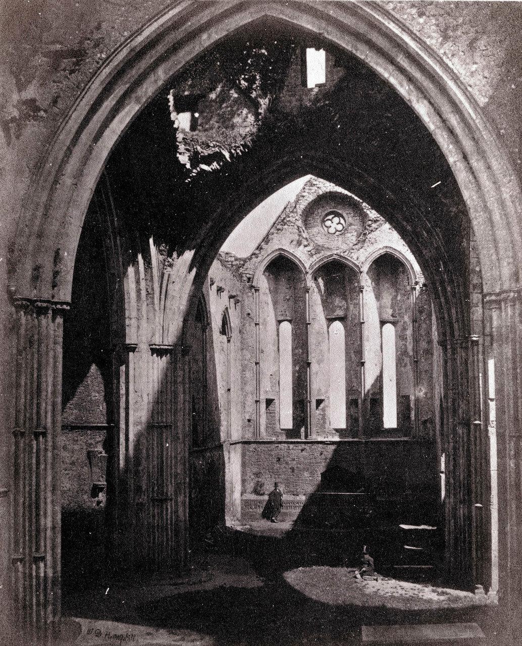 Замок Скала Кашел, северный трансепт собора. Ирландия, 1864