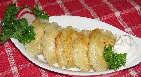 Вареники с рыбой и картошкой