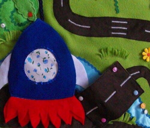 Детский развивающий коврик Моулвиль... ракета
