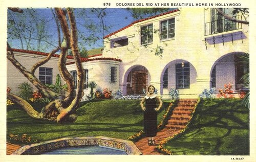 a121299_hollywood-homes_06.jpg