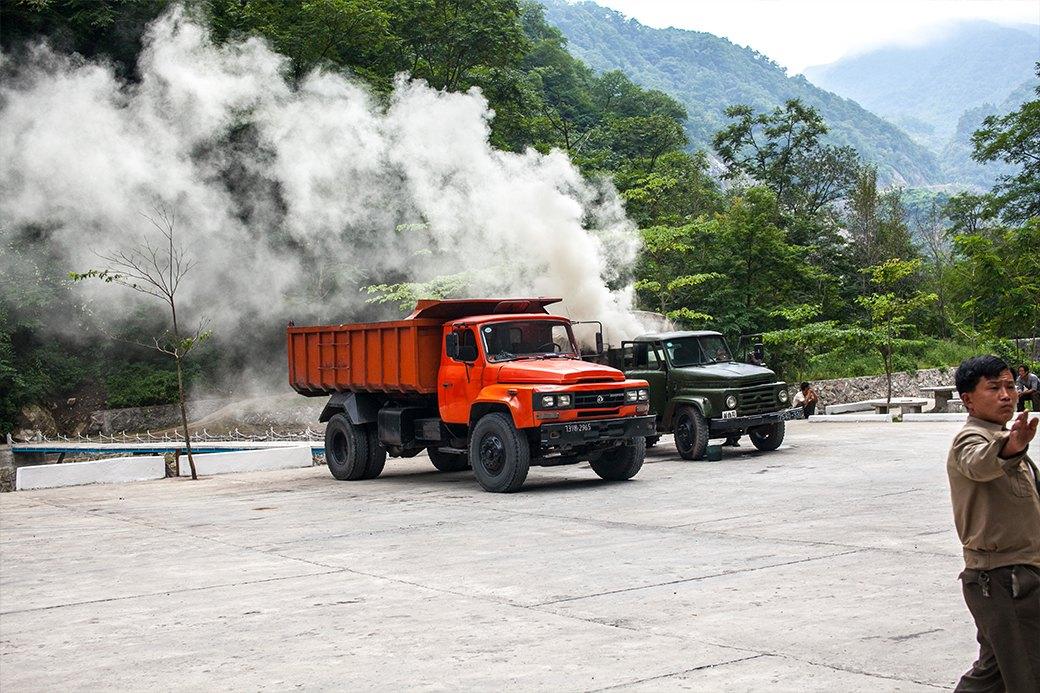 Bytovaya-zhizn-v-KNDR-Kak-ya-xodil-na-svidanie-i-vypival-v-Severnoj-Koree-13-foto