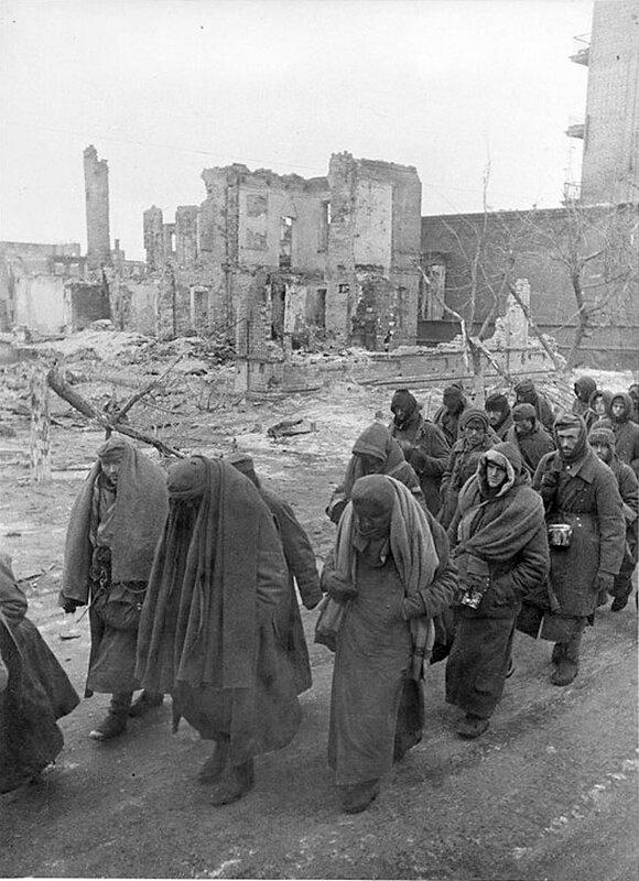 Фото С.Н. Струнникова: Немецкие военнопленные.