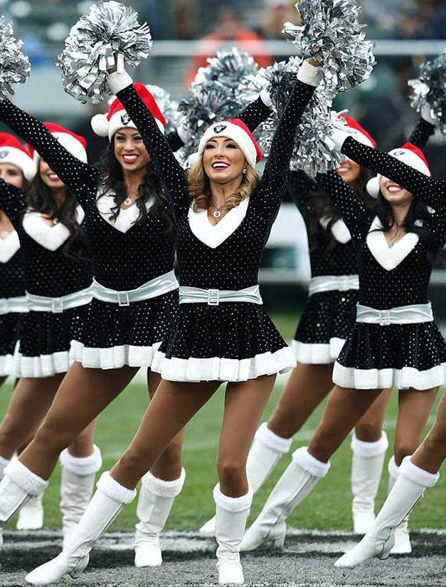 NFL Christmas 2011 Cheerleaders - Oakland Raiders