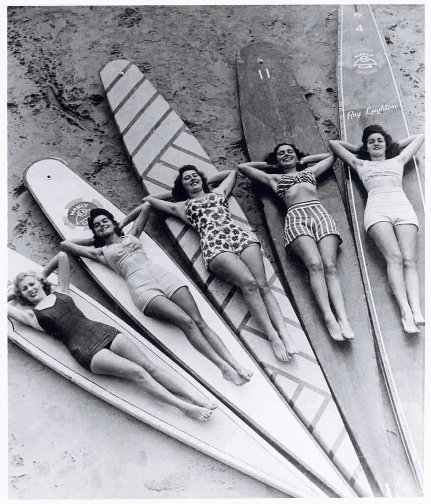 Surf sirens 1938