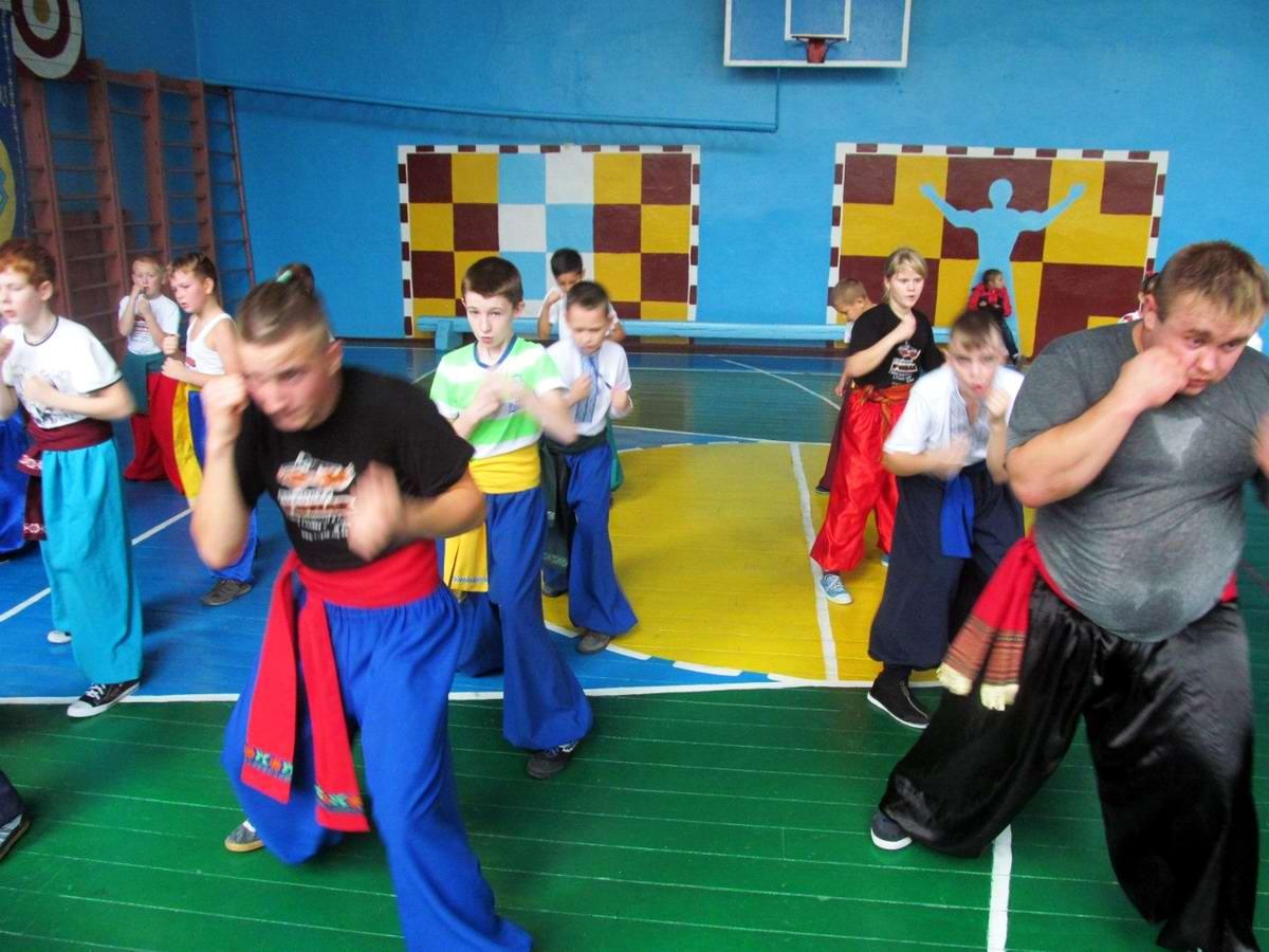Квалификационный групповой экзамен в школе боевого гопака города Нетешин (Хмельницкая область) (07)