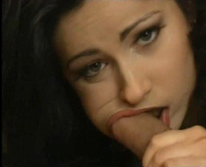 smotret-foto-porno-aktrisa-tiny-tyler