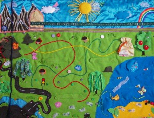 Детский развивающий коврик Моулвиль... основа