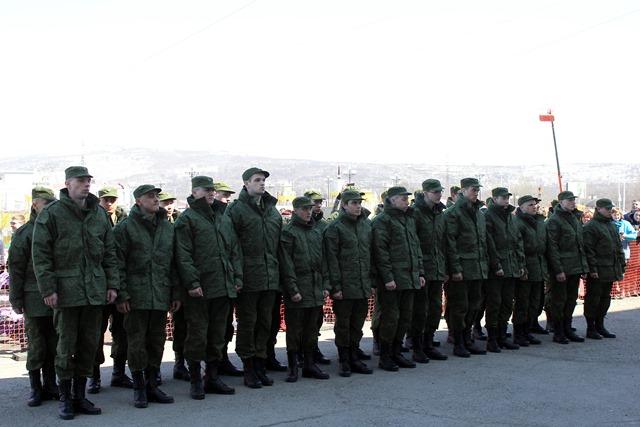 Магаданские призывники отправились защищать Россию