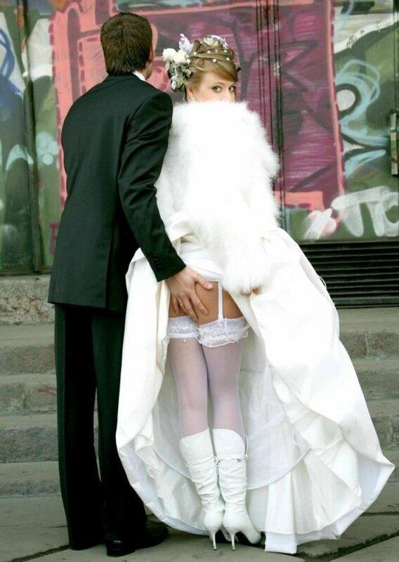 Эротические приколы на свадьбах 17 фотография