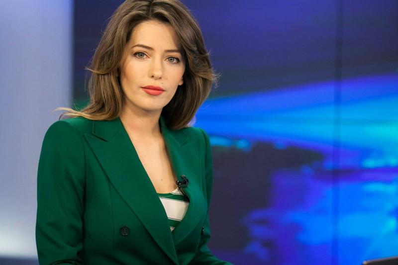 Ольга Шелест — российская теле- и радиоведущая, актриса, ви-джей, журналист