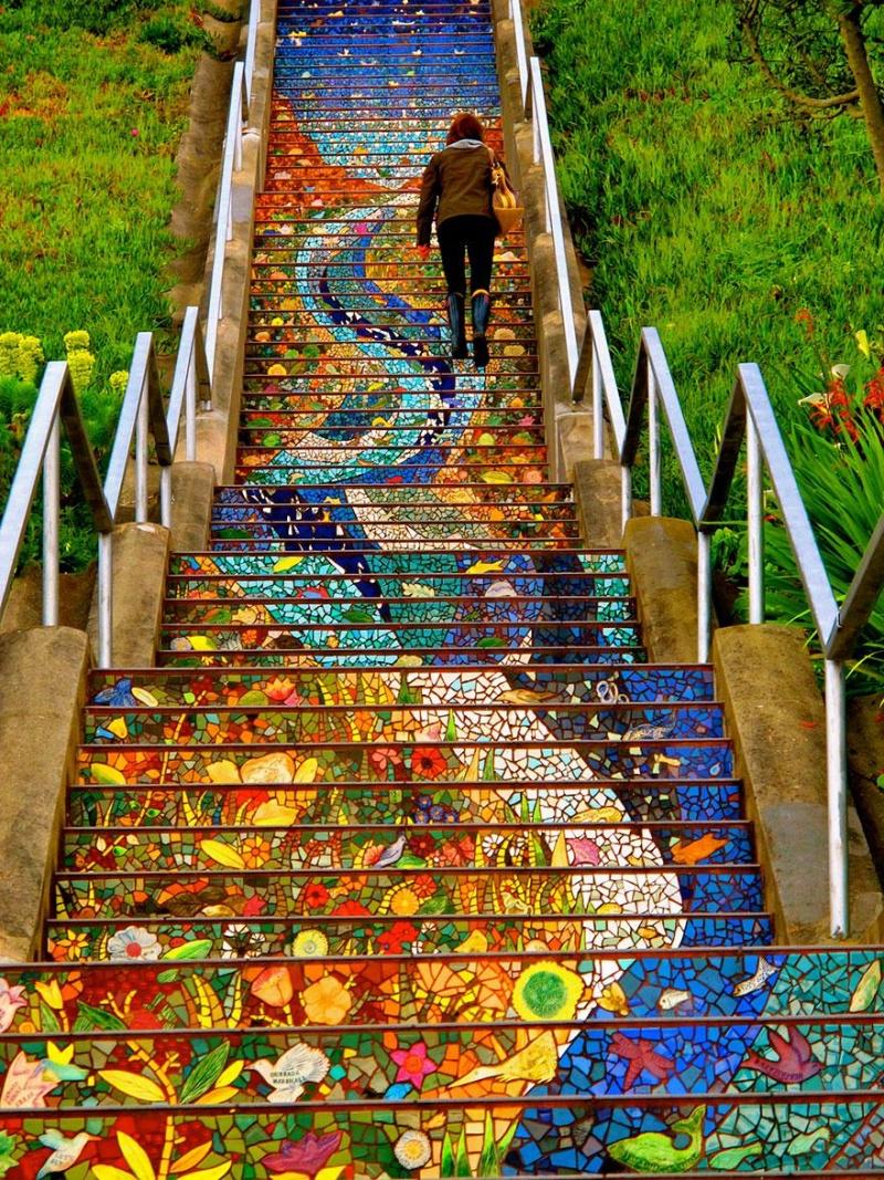Обворожительные лестницы совсего мира (18 фото)