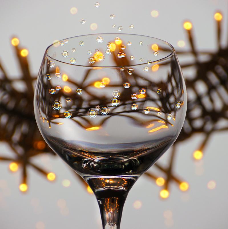 Как пить шампанское?