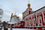 Успенская церковь с трапезной палатой.