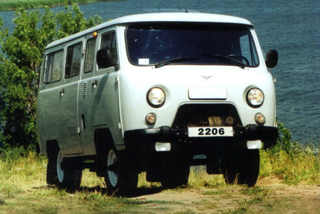 Картинки по запросу УАЗ-2206 в селе