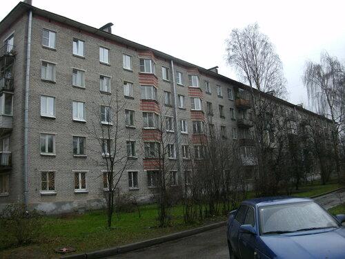 ул. Бутлерова 14