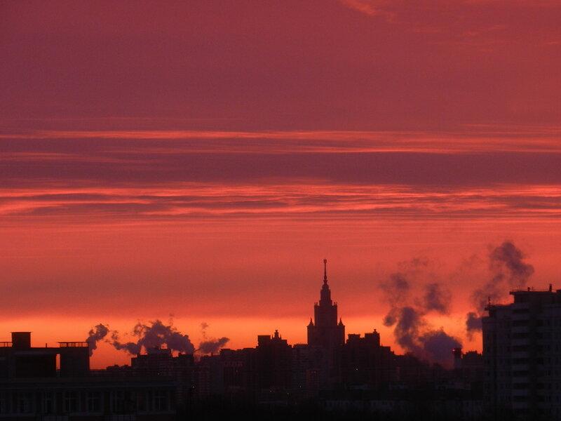 Вид из окна в Москве