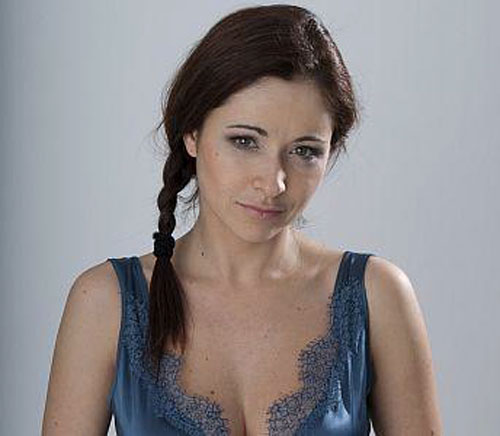 Любовь Тихомирова ( лера из сериала молодожены на стс.