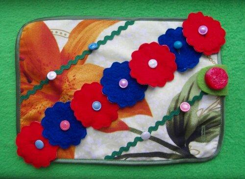 Развивающий игровой коврик... цветы из ткани