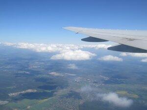 Полёт над облаками на самолете