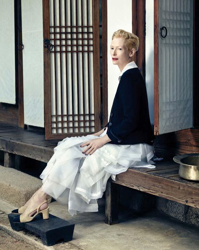 Tilda-Swinton-Chanel-Vogue-Korea-August-2015-Photoshoot04.jpg