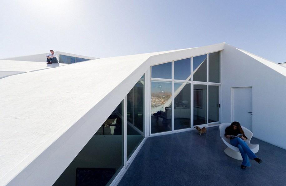 Интересный дом в штате Чиуауа в Мексике от PRODUCTORA