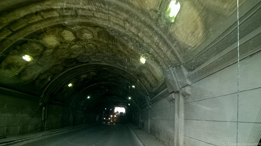 Туннель под шлюзом, Дубна