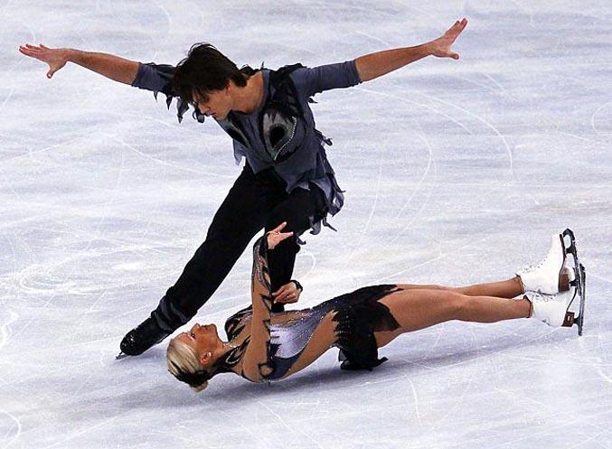 спортивный год 2011 - Российские фигуристы Максим Транков и Татьяна Волосожар