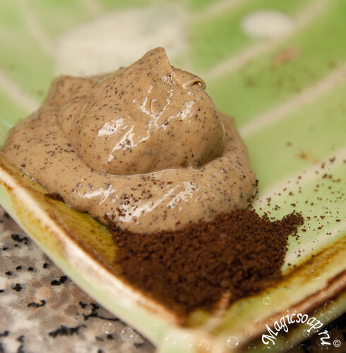 Кофейное мыло-скраб (а вовсе не то, что вы подумали :) - начинаем антицеллюлитную программу?