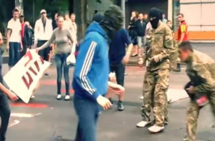 Неизвестные пресекли кремлевский митинг в Одессе