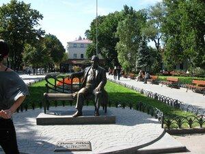 Достопримечательности Одессы - памятник Утёсову