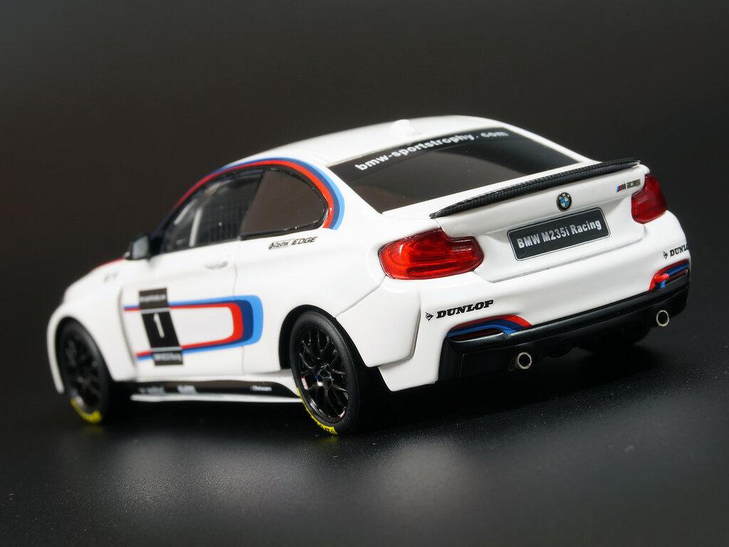 BMW_2002_M2_05.jpg
