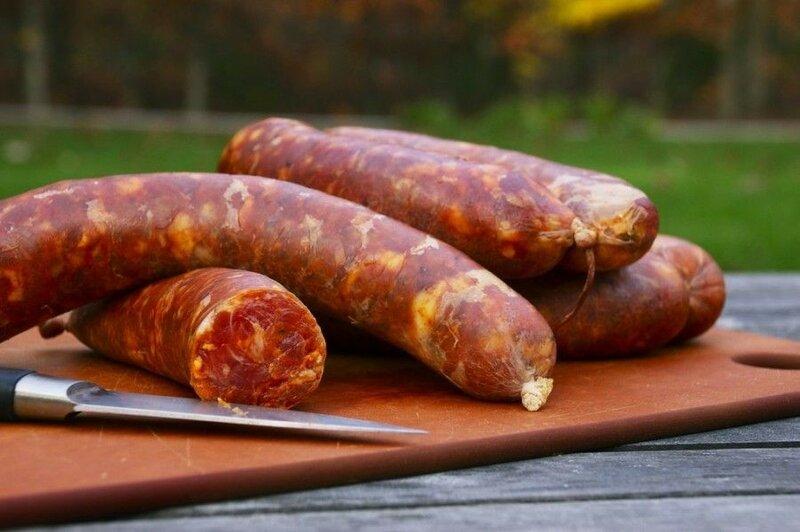 Смешанная домашняя колбаса из говядины и индейки