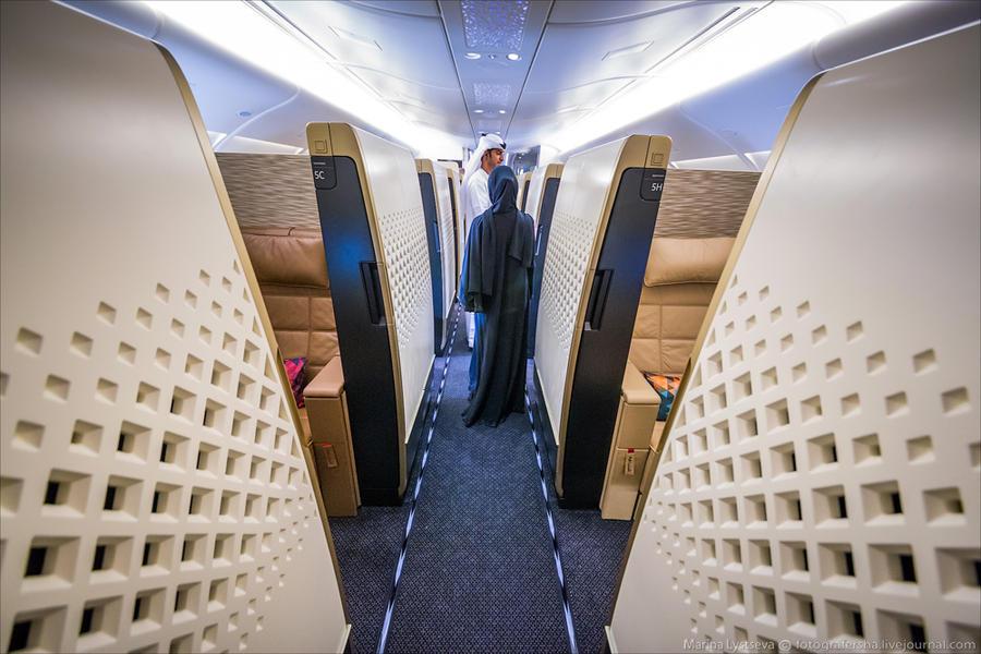 6. У Этихада в А380 на самом деле четыре типа выбора места — эконом, бизнес, первый класс и ре