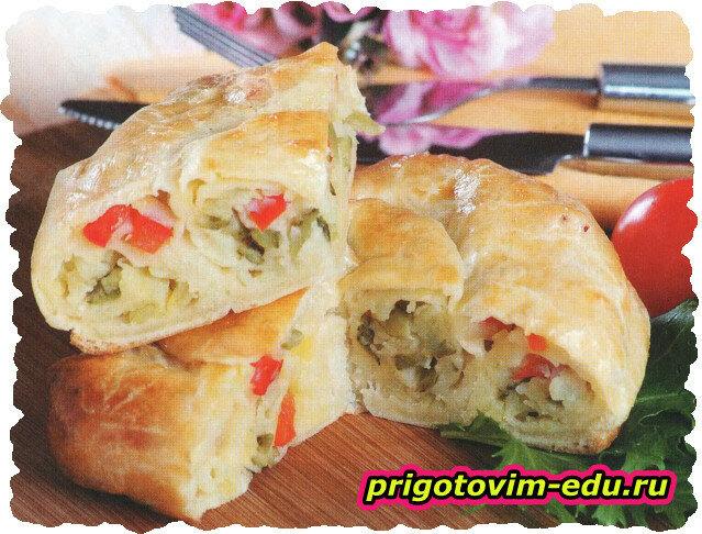 Пирог с картофелем,огурцами и болгарским перцем