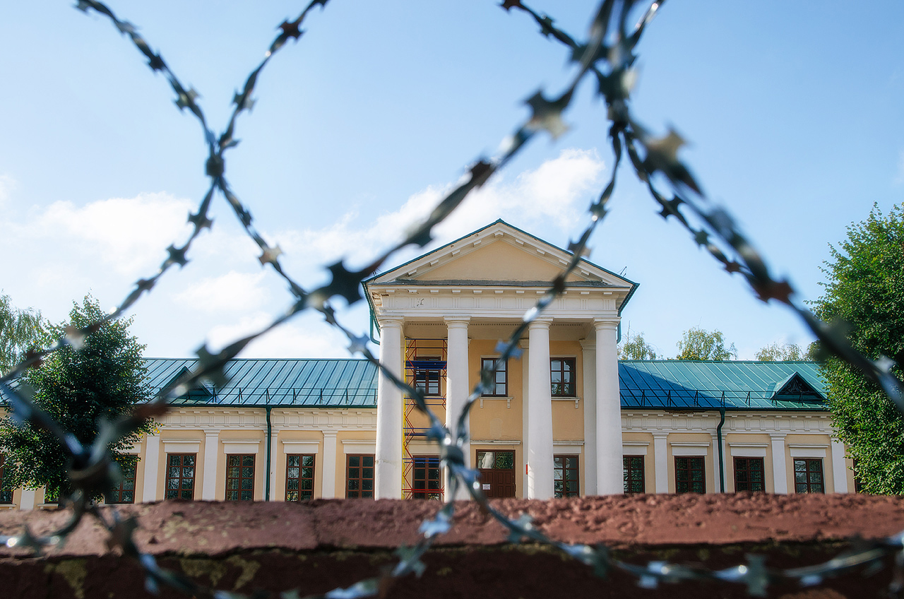 Блогиналибоки. Воложин, Беларусь. Дворец Тышкевичей